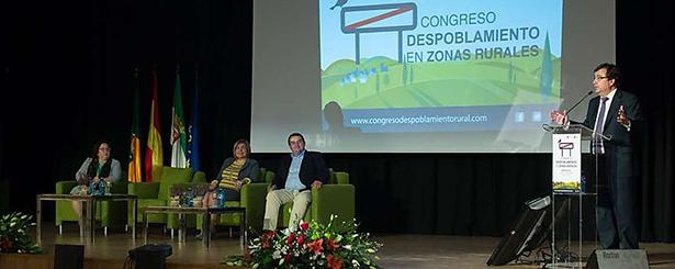 La Diputación de Cáceres propone un 'pacto político y social contra el despoblamiento rural en España'