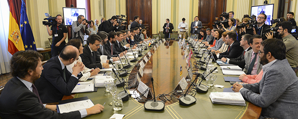 Las CCAA presentan sus posturas frente a la nueva PAC al ministro de Agricultura, Pesca y Alimentación, Luis Planas