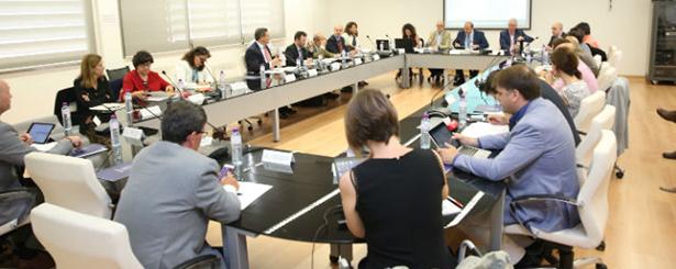 Castilla-La Mancha pone en marcha un plan con nueve líneas estratégicas contra la despoblación rural dotado con 420 millones de euros