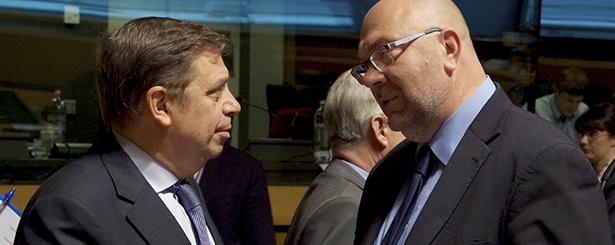 Veinte países, con España, suman fuerzas en contra de los recortes de la PAC