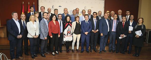 La Junta de Castilla-La Mancha firma los convenios de colaboración con los 29 Grupos de Desarrollo Rural