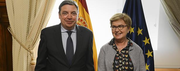 El ministro de Agricultura Luis Planas analiza con la comisionada para el Reto Demográfico los avances en la elaboración de la Estrategia Nacional frente a los desafíos demográficos